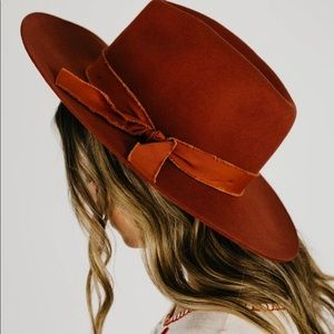 "Mod Boutique ""The Molly Panama Hat"" in Rust. NWT"